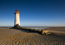 Ayr, Point of Ayr Lighthouse, South Ayrshire © t Dave Green